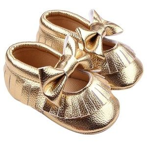 Other - Gold Moccasin baby shoes